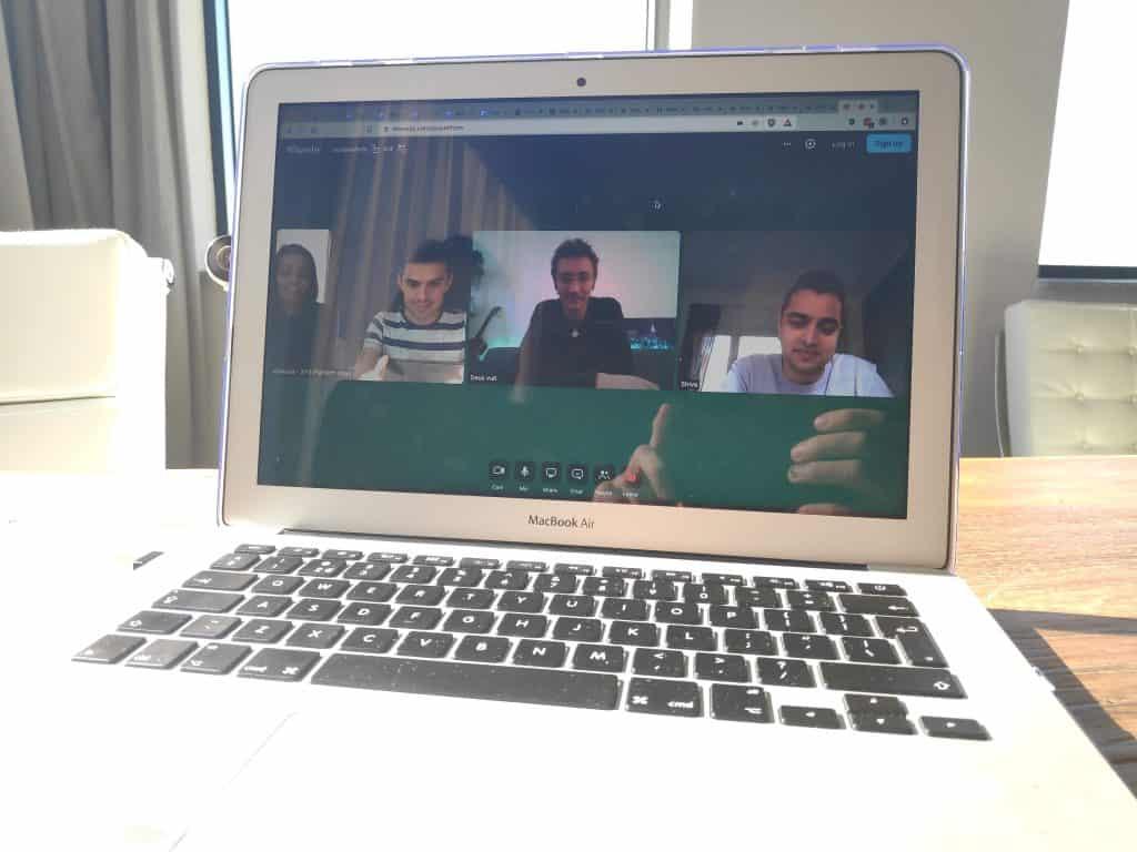 Teamoverleg videobellen